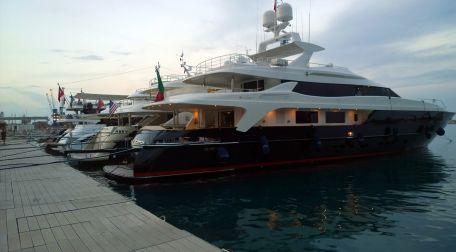 Satılık tekneler